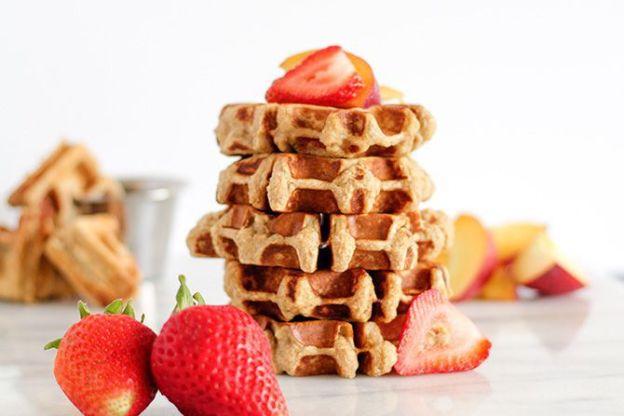 banana-bread-protein-waffles-2
